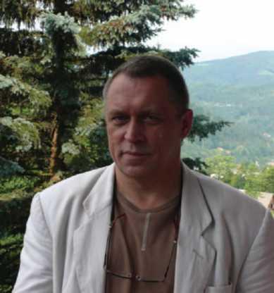 Dr Marek Łyp